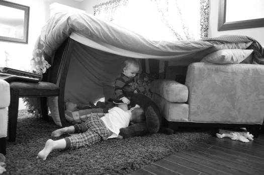 Diy How To Build A Blanket Fort